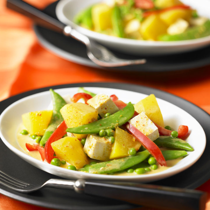 Nancie's Thai Yellow Curry with Tofu, Pineapple and Peas
